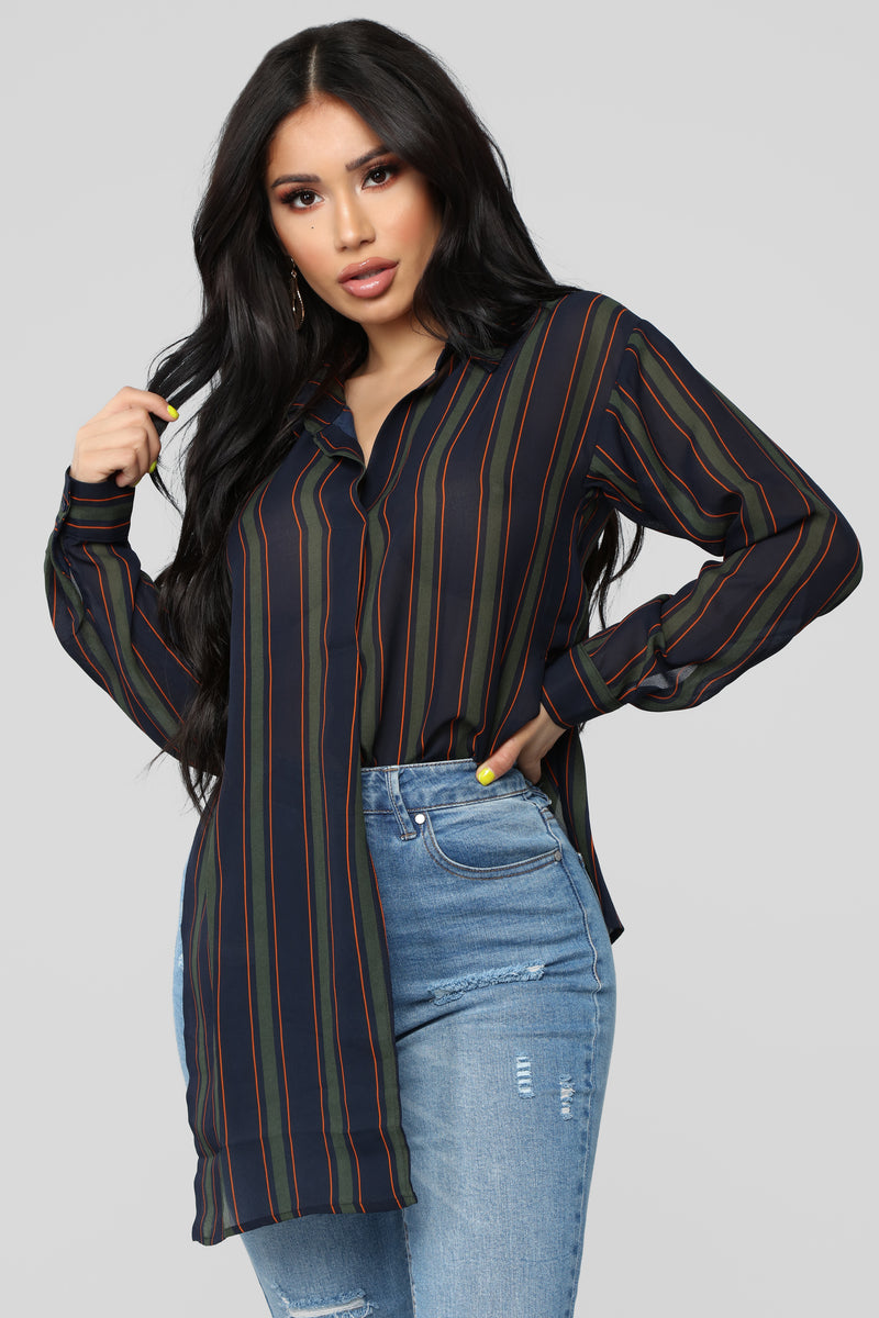 4712698c1ca7 Stay Close Striped Top - Navy Olive