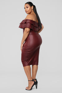 Fall Into Place Dress - Burgundy Angle 7