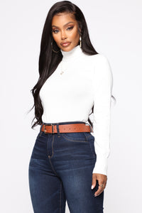 Kylie Ribbed Turtleneck Sweater - White Angle 1