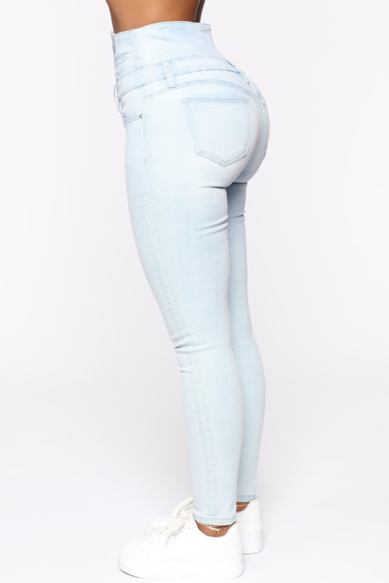 Through The Motion Skinny Jeans - Light Blue Wash