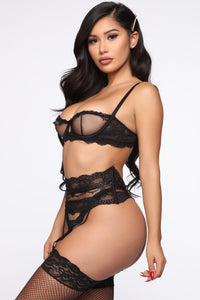 Innocent Touch 3 Piece Set - Black