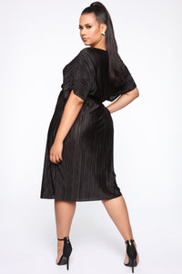 Phoebe Pleated Midi Dress - Black Angle 4