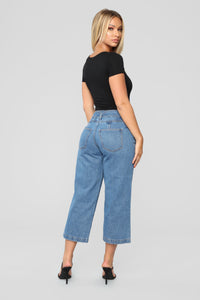 Daydreaming Wide Leg High Rise Jeans - Medium Blue Wash