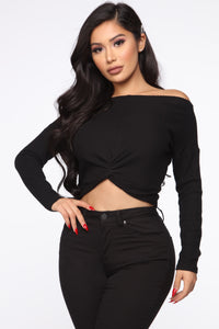 Knot Over You Sweater - Black Angle 1