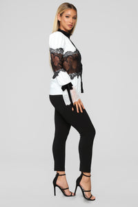 How Darling Chiffon Top - White/Black Angle 4