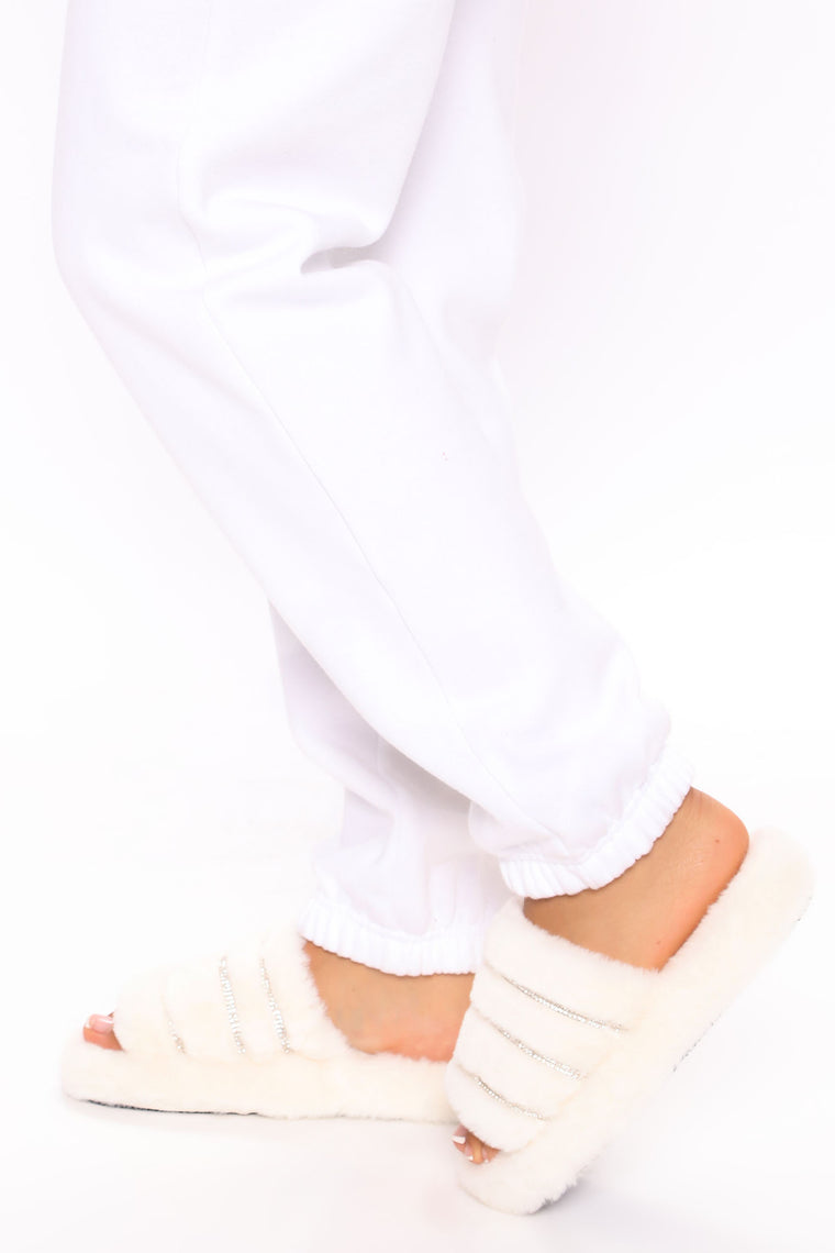 Stay Cozy Slippers - White