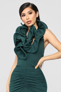 Cue The Paparazzi Ruched Maxi Gown - Hunter Green