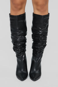 Hold Up Wait Boot - Black