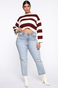 Pucker Up Distressed Mom Jeans - Light Blue Wash Angle 9