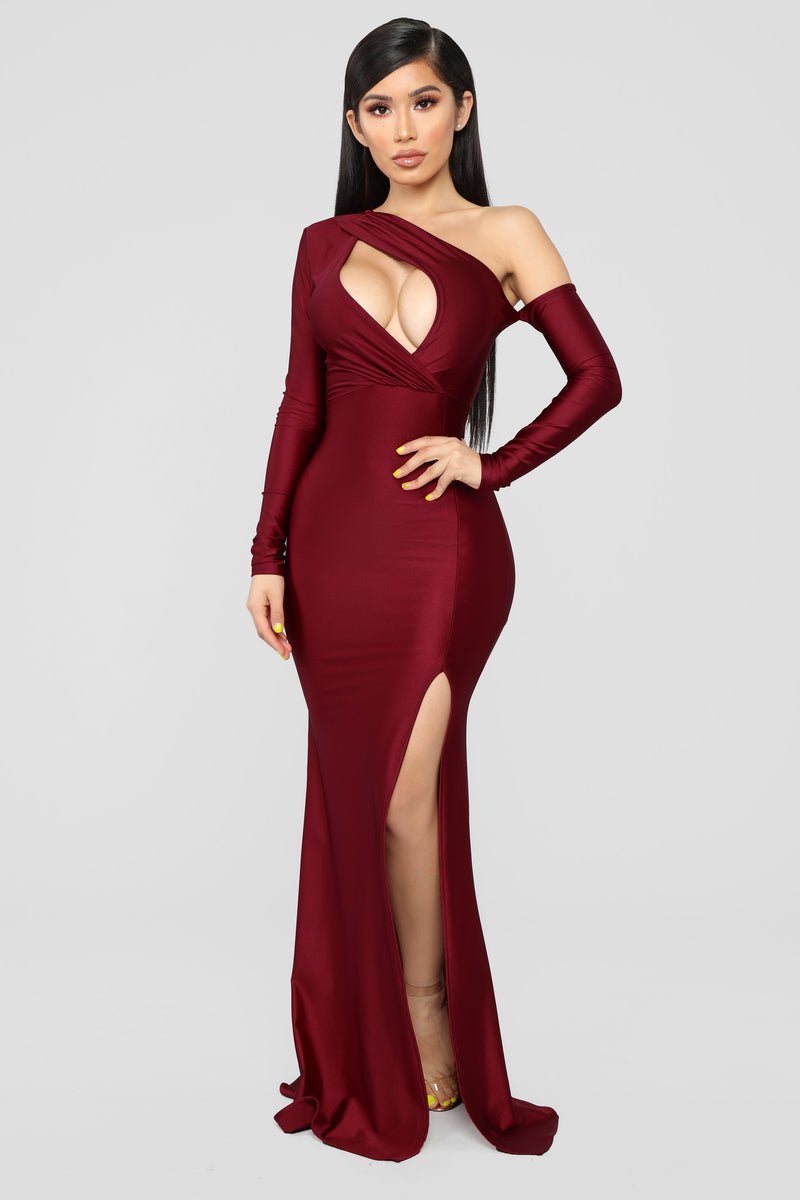 Pretty Hurts Dress - Burgundy