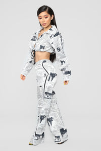 Read All About Me Pant Set - Off White/Black
