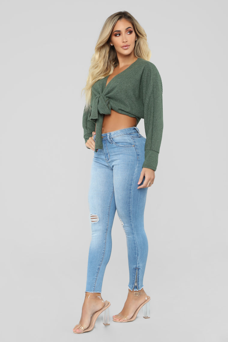 Pretty Little Lies Sweater - Olive