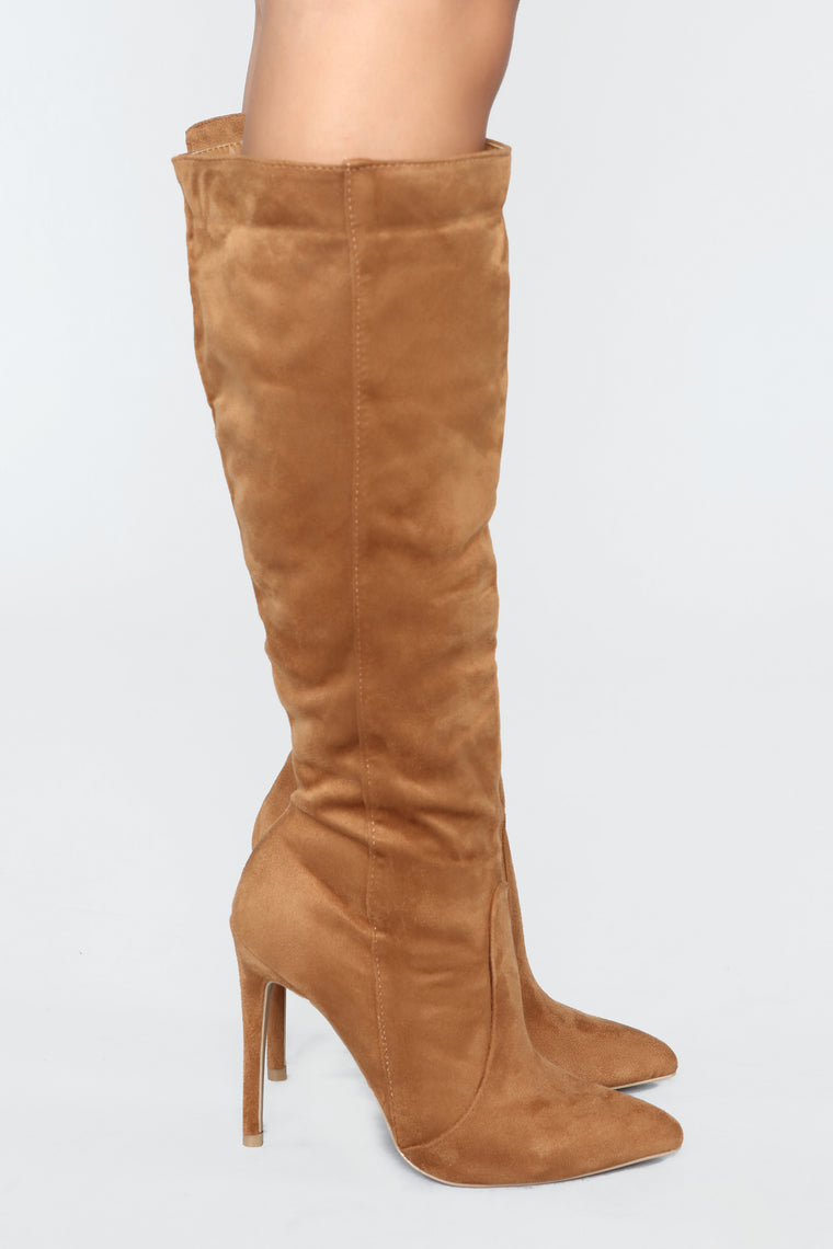 You're My Weakness Boots - Chestnut