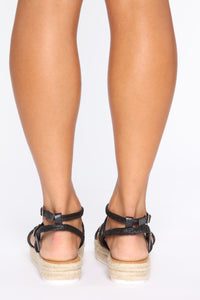 Carry On Flat Sandals - Black