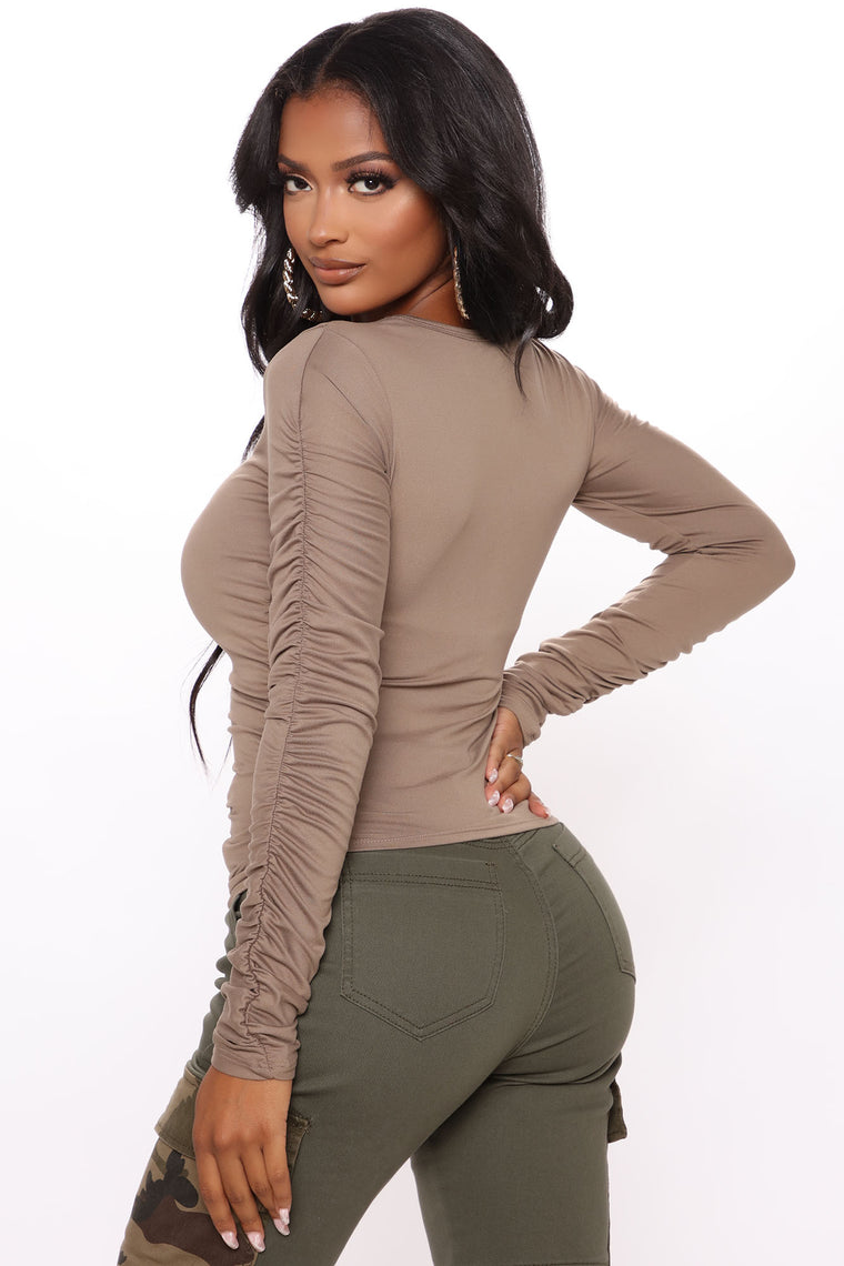 Friday Feels Long Sleeve Top - Taupe