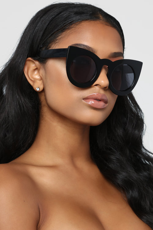 Why So Catty Sunglasses - Black