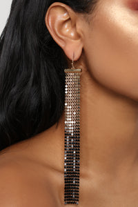Way Into It Earrings - Black/Gold