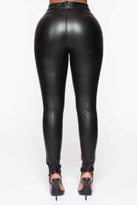 Lead You On High Rise Leggings - Black
