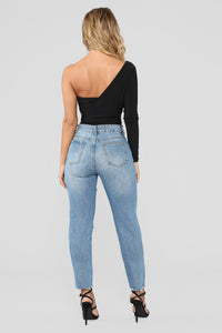 Out Of Town Distressed Boyfriend Jeans - Light Blue Wash Angle 4
