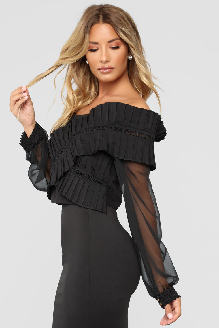 Until Our Paths Cross Ruffle Top - Black