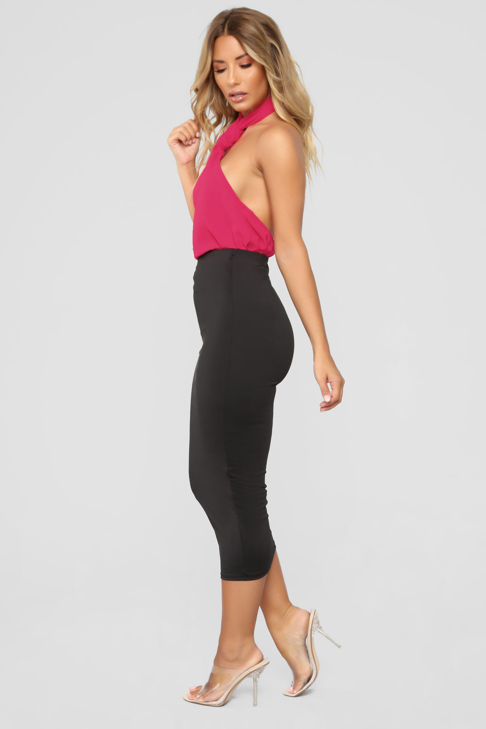 Sure Thing Knot Halter Top - Fuchsia