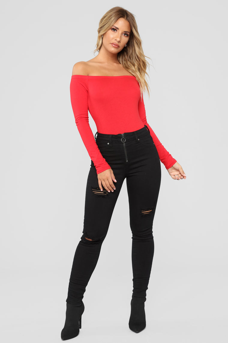 Day To Day Off Shoulder Bodysuit - Red