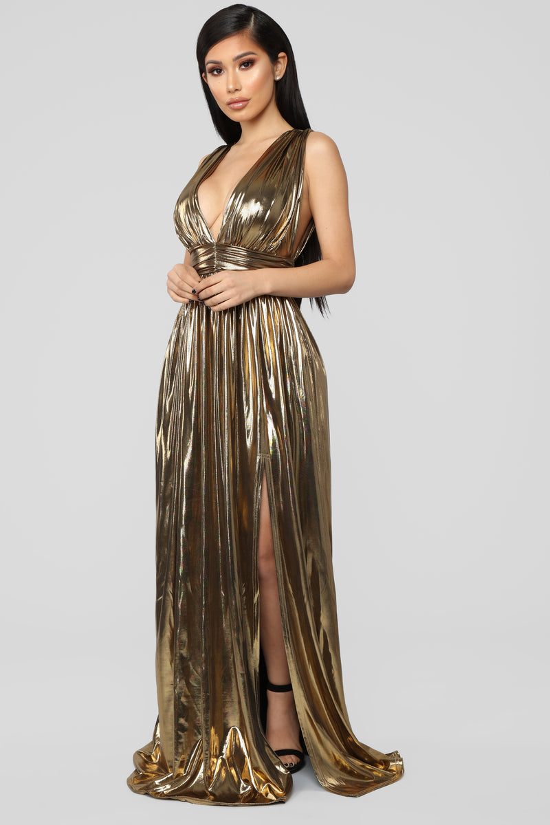 I'm His Queen Maxi Dress - Gold