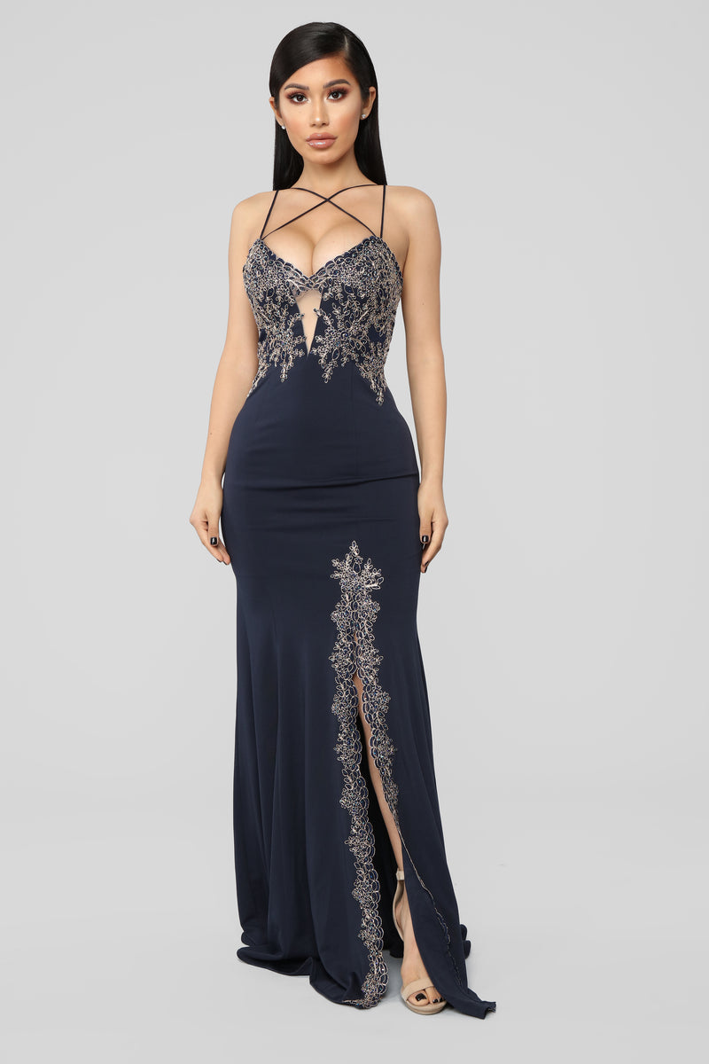 Issa Celebration Embroidered Gown - Navy
