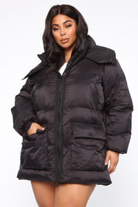 High Demand Puffer Jacket - Black Angle 8