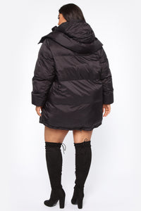 High Demand Puffer Jacket - Black Angle 7