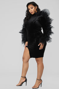 Party Bebe Velvet Dress - Black