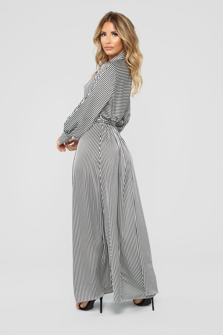 Sunday Picnic Striped Dress - Black