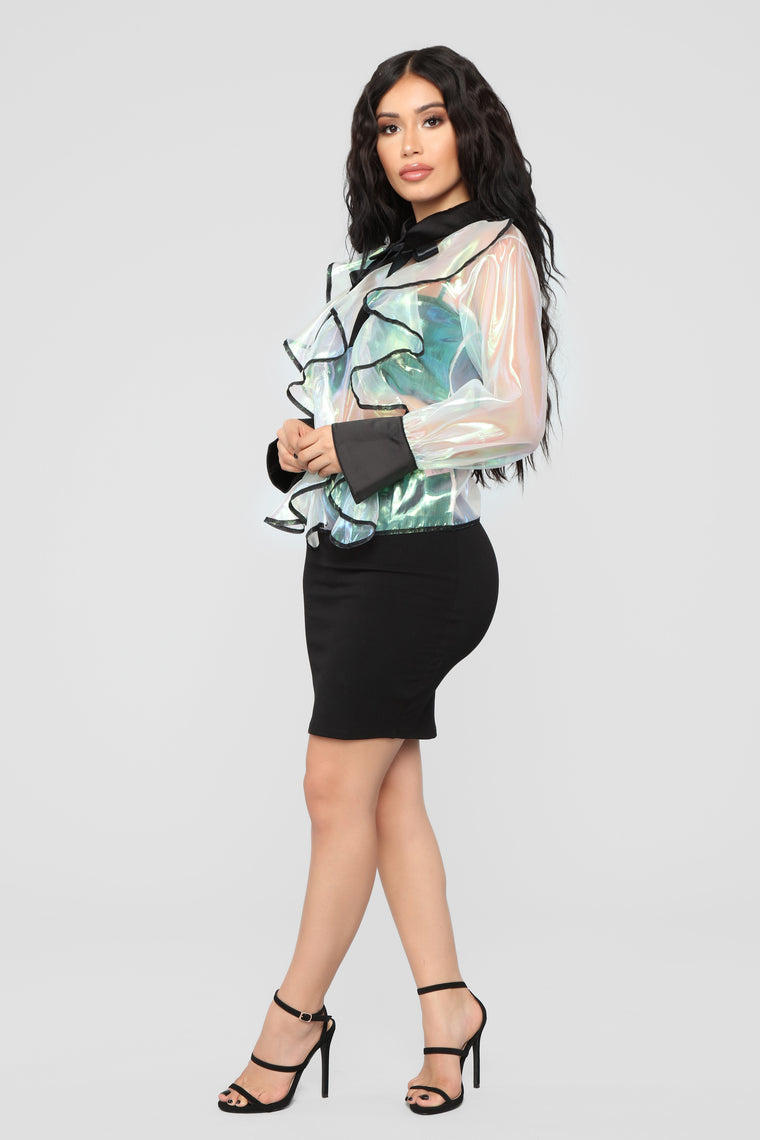 Don't Be Jelly Ruffle Top - Holographic/Black