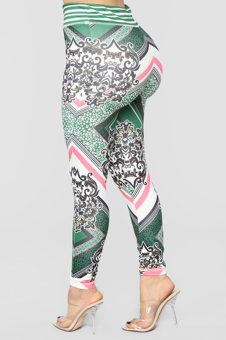 Ivy Loungewear Set - Green/Multi