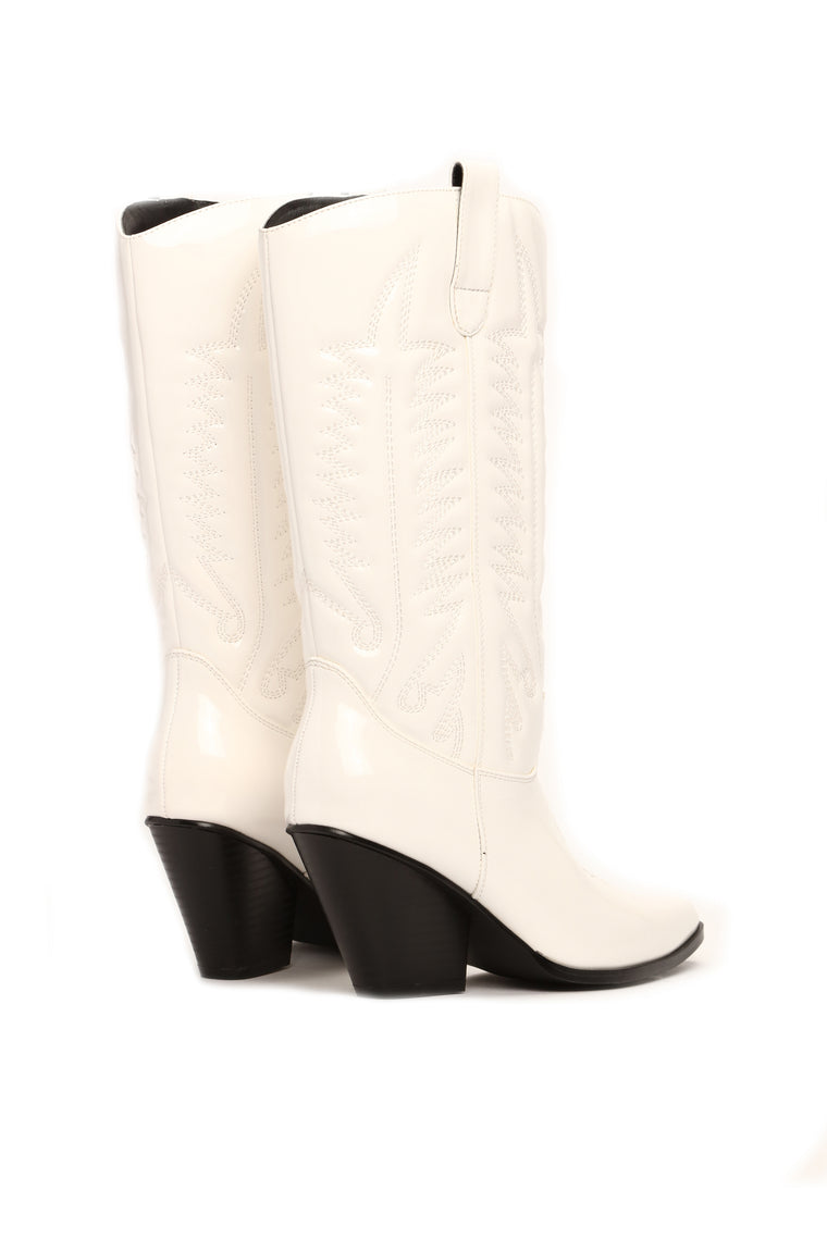 Howdy Boot - White