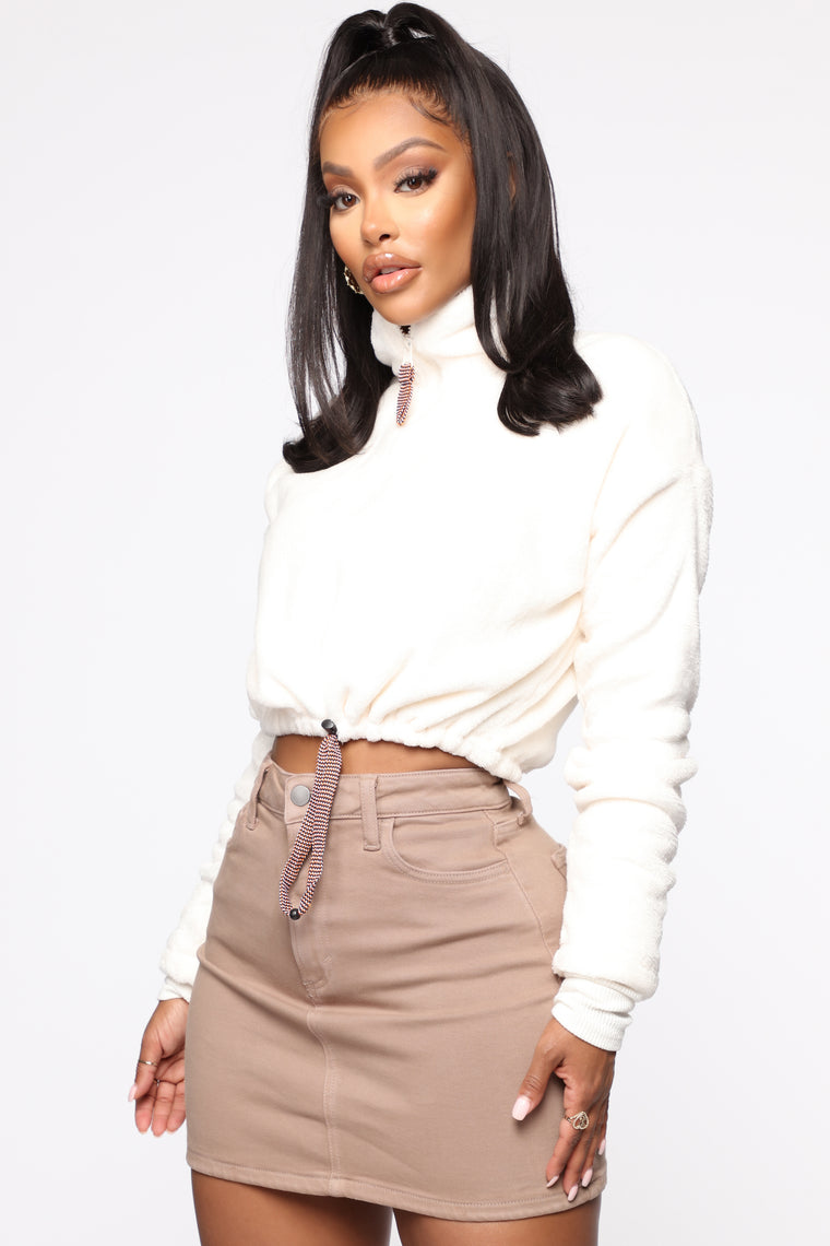 Bold Move Faux Fur Pullover - Ivory