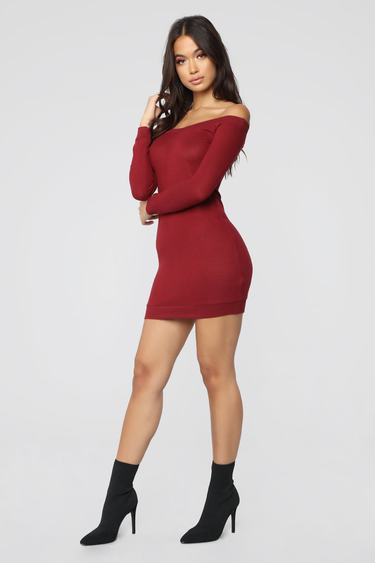 Free Fallin' Off Shoulder Dress - Burgundy
