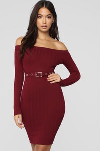 Feeling Sensational Dress - Burgundy