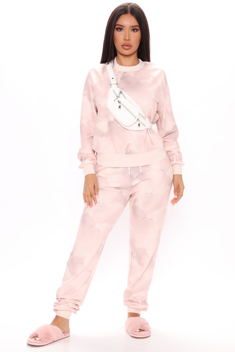 Gave You Everything Pullover And Jogger Set - Pink