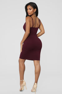 Happy Hour Everyday Dress - Plum Angle 4