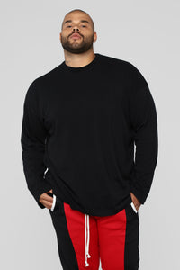 Essential Oversize Long Sleeve Tee - Black Angle 6