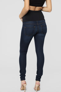 Classic High Waist Skinny Maternity Jeans - Dark Angle 6