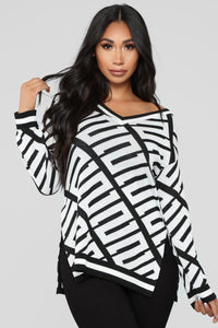 Stay With Me Tunic Sweater - Black/White Angle 1