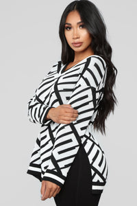 Stay With Me Tunic Sweater - Black/White Angle 3