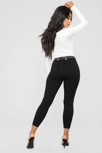 Honey Bee Belted Ankle Jeans - Black