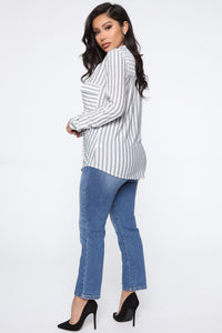 She's A Classic Stripe Top - Off White/Black