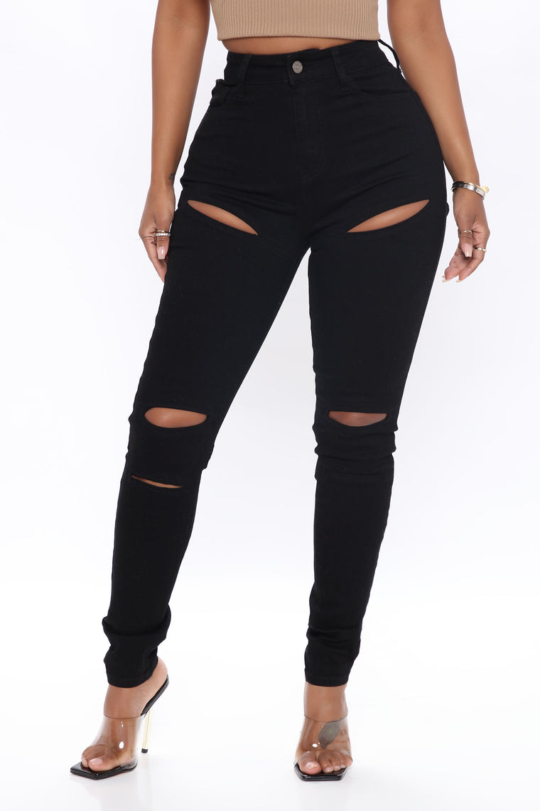 Cut Out To The Chase Skinny Jeans - Black
