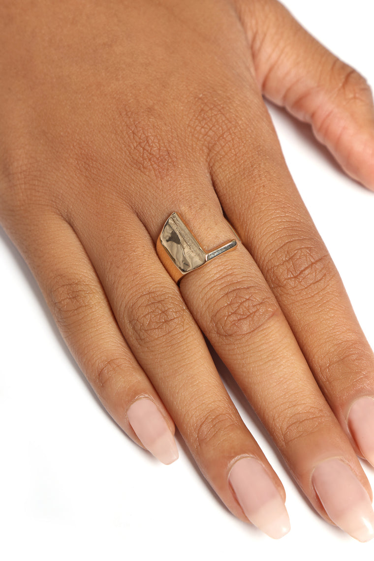 "Initial Here ""L"" Ring - Gold"