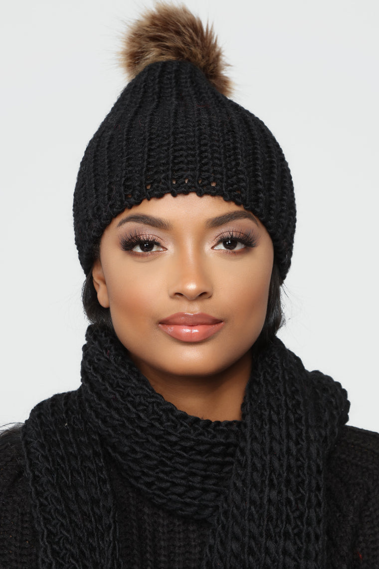 Big Bear Scarf And Beanie Set - Black