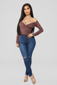 Demi Off Shoulder Top - Dark Mauve